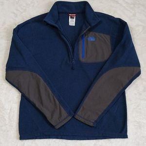 - The North Face Top Small Blue